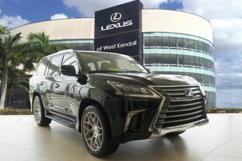 New 2019 Lexus LX 570 THREE-ROW
